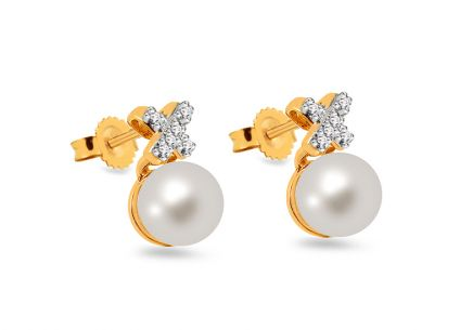 Gold diamond earrings with pearls
