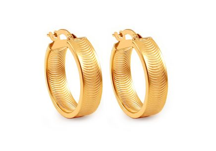 Gold hoop earrings with wavy pattern
