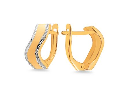 Gold two-toned earrings with engraving and matting