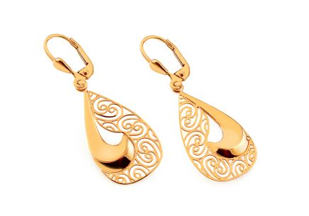 Gold hanging earrings with pattern
