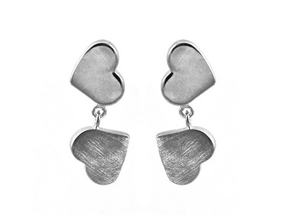 925Sterling Silver earrings with hearts design
