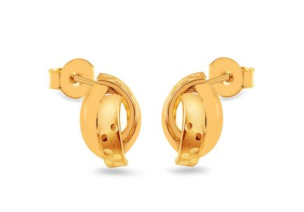 Gold stud earrings with engraving and matt
