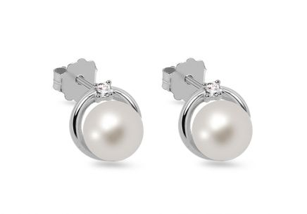 Earrings with white river pearls from the Wedding Jewelry 6 mm collection
