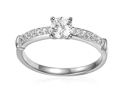 White Gold Engagement Ring with Zircons Avra