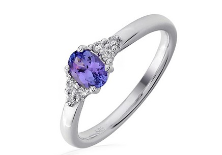 Diamond Ring with Tanzanite Genna