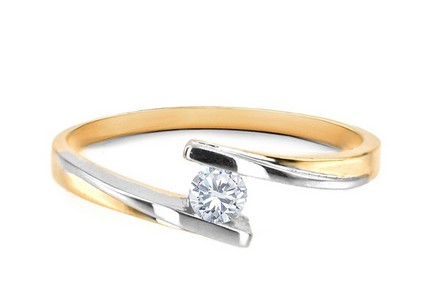 Engagement Ring with 0,150 ct Diamond Combination of love