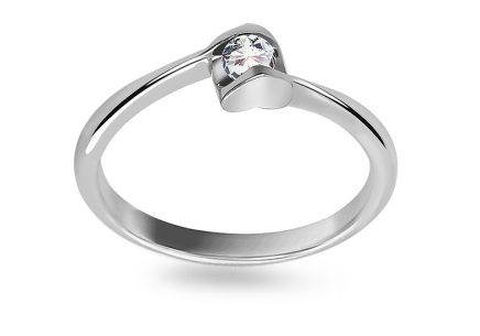 Engagement Ring with Diamond 0,130 ct Specially Heart white