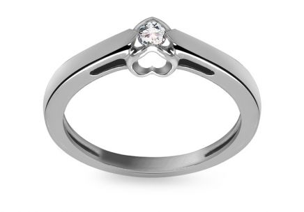 Engagement Ring with Diamond Little Heart 0,150 ct