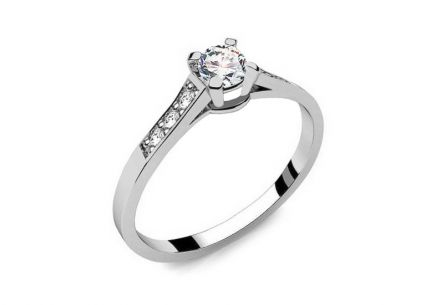Engagement Ring with Diamonds 0,210 ct Key To Heart 1