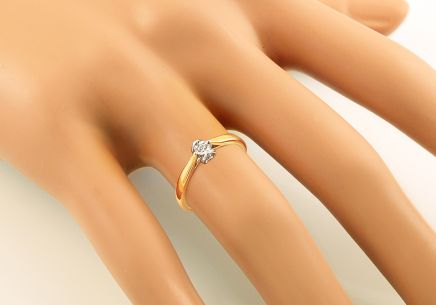 Gold Engagement Ring with Diamond 0.060 ct Layra 2