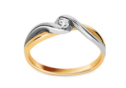 Gold Engagement Ring with Diamond Loving moments