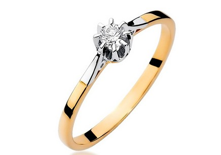 Gold Engagement Ring with Diamond Sierra