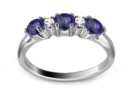 Gold Ring with Sapphires and Diamonds Noyale