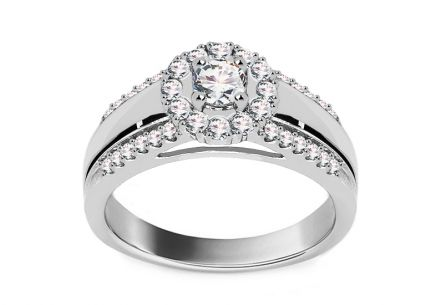 White Gold Engagement Ring with Diamonds 0.610 ct Tailyn
