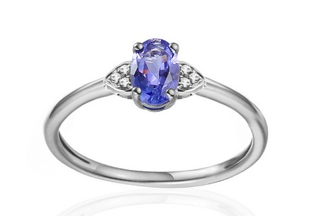White Gold Engagement Ring with Tanzanite and Diamonds 0.020 ct Chattie 4