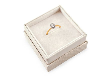 Gold Engagement Ring with Zircon Magic 10
