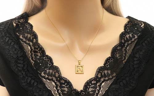 Gold Virgin Mary's Pendant - IZ7633 - on a mannequin