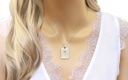 Pendant with Lord's prayer in Czech - IZ9154A - on a mannequin