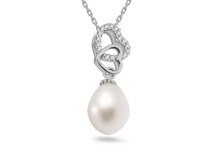 925Sterling Silver Pearl pendant with cubic zirconia
