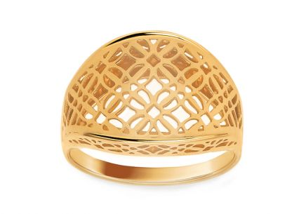 Gold floral ring