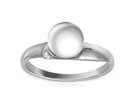 Rhodium plated 925Sterling Silver Ring with white pearl Ring decorated cubic zirconia