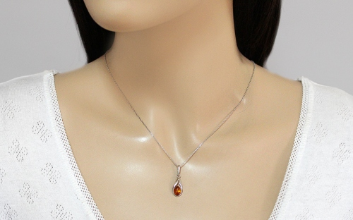 Silver Amber Pendant - IS2035P