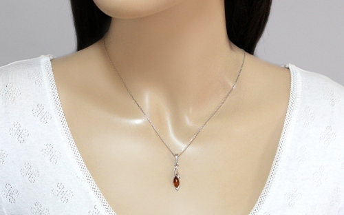 Silver Amber Pendant - IS2056P