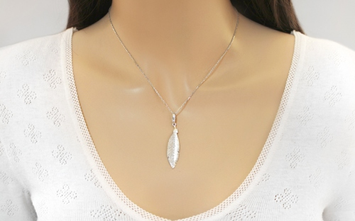 Rhodium plated 925Silver necklace with feather fashion - IS1244A