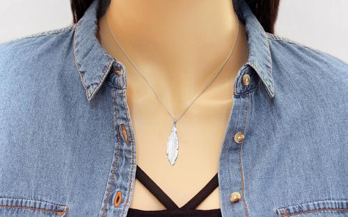 Rhodium plated 925Silver necklace with feather fashion - IS3743