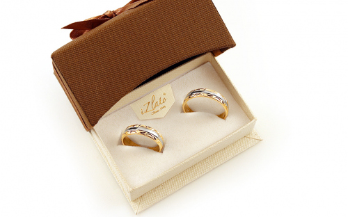 Bi-color Wedding Rings with engraved pattern width 5mm - IZOB450 - in a box