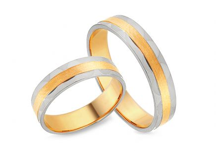 Two tone Gold wedding rings with ripples, width 4 mm