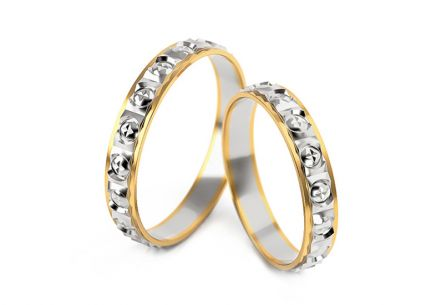 Wedding rings with engraved pattern 3 mm wide