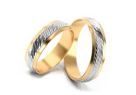 Wedding rings engraved width 4 to 6 mm