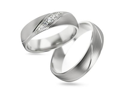 Wedding bands with stones width 5 mm