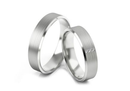 Wedding rings with diamonds 0.030 ct width 5 mm