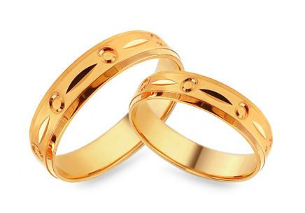 Gold engraved wedding rings, width 5 mm