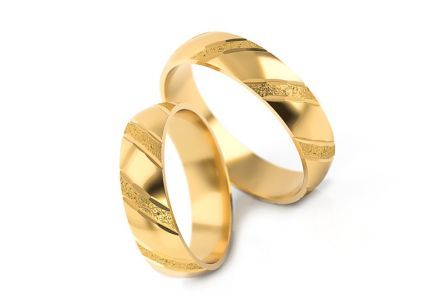 Wedding rings gold with sandblasted finish width 4 to 6 mm